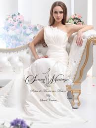 robe de mari e original robes de mariée originale en satin duchesse mariage