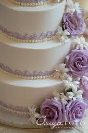 wedding cake lavender best 25 lavender small wedding cakes ideas on wedding