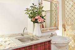 retro badezimmer retro badezimmer stock fotos melden sie sich kostenlos an