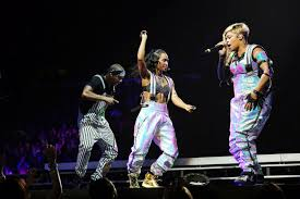 Kudos Home And Design Reviews Concert Review And Photos Tlc Comes Home New Kids On The Block
