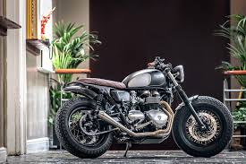 a triumph bonneville t100 is the featured build on the homepage of