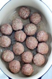 30 minute mozzarella stuffed turkey meatballs with homemade