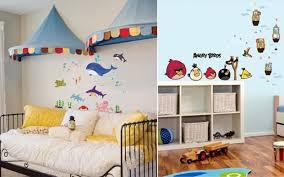 stickers pour chambre enfant stickers chambre bébé et enfant idées pour les garçons