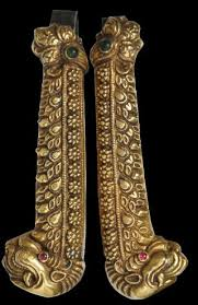 gold temple ornaments south india