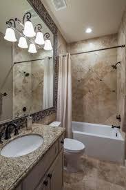 die 25 besten mediterranean style small bathrooms ideen auf