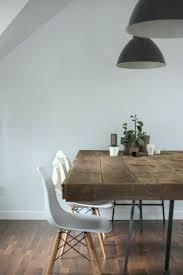 wei e st hle esszimmer holztische design esszimmer weiße stühle schwarze hängelen