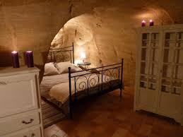 chambre d hote saumur troglodyte maison troglodyte à doue la fontaine maine et loire