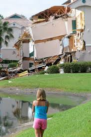 Summer Bay Resort Orlando Map by Florida Villa Partially Collapses Into Sinkhole Ny Daily News