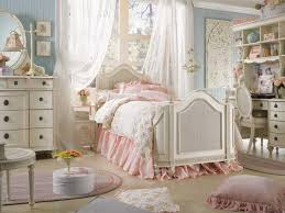 Shabby Chic Decorating Ideas And Interior Design In Vintage Style - Bedroom decorating ideas shabby chic