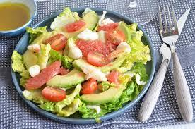 avocat cuisine salade de crabe avocat et plemousse frais et délicieux