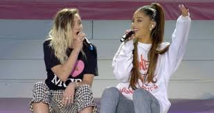 ariana grande sings u0027don u0027t dream it u0027s over u0027 with miley cyrus at
