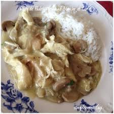 cuisiner des restes de poulet restes de poulet à la sauce blanche et curry recette iterroir