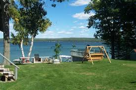 hubbard lake michigan fishing west wind cottages lodging getaways