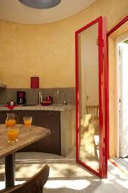 chambre d hote avec kitchenette hébergement insolite château d eau le chateau d eau à lagraulet du