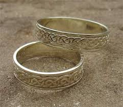 celtic wedding rings silver celtic wedding ring for men or women love2have in the uk