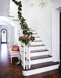 10 tips to add style to your home stair railing garlands