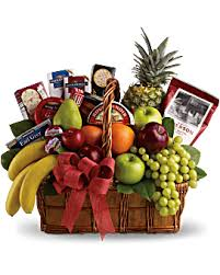 Christmas Basket Fruits And Sweets Christmas Basket Teleflora