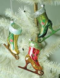 pearly skate ornaments set of 3