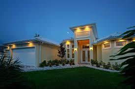 villa yellow paradise