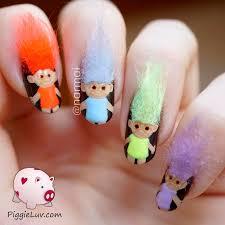 piggieluv 3d troll dolls nail art