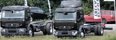 renault trucks file renault trucks d and d wide cropped jpg wikimedia commons
