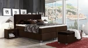 Schlafzimmer Braunes Bett Funvit Com Bett Selber Bauen