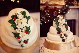 christmas wedding cakes 33 adorable christmas wedding cakes happywedd