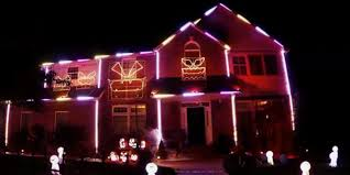 Halloween House Lights This House Doing A Lorde Royals Light Show Might Be Your New