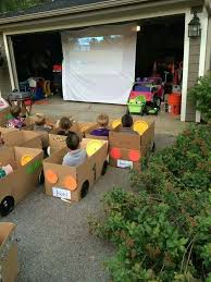 Birthday Decoration Ideas For Kids At Home Best 25 Kids Movie Party Ideas On Pinterest Cinema Party