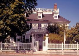 colonial house style fence options for every house style old house restoration