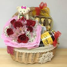 new years basket new year gifts new year flowers to singapore