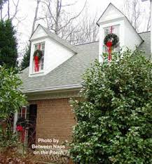 windows wreaths for windows ideas how to hang wreaths on outside
