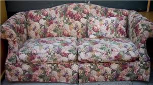 Floral Couches Uhuru Furniture U0026 Collectibles Burgundy U0026 Off White Floral Couch
