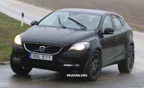 volvo hatchback 2016 spyshots volvo xc40 test mule captured once again
