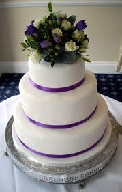 chocolate wedding cakes with fresh flowers cake till u drop