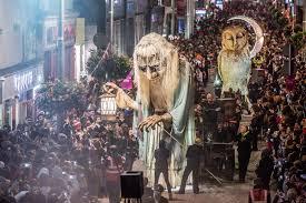 grave digger spirit halloween 5 best halloween parades in the world