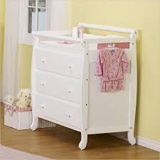 Davinci Emily 3 Drawer Changing Table Davinci Emily Pine Wood 3 Drawer Changing Table Lusso Inc