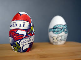 Decorating Easter Eggs With Tattoos by 15 Easter Egg Decorating Ideas That Go Beyond Dye Hgtv U0027s