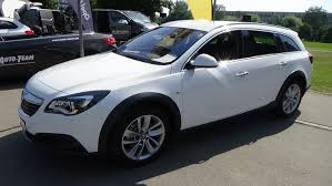 opel insignia 2016 interior 2015 opel insignia country tourer 4x4 exterior and interior