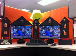 Cute Cubicle Decorating Ideas by My Cubicle Workspace Built By My Clever Husband Halloween