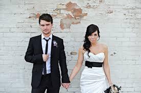 brittanie zach u0027s music inspired real wedding green wedding