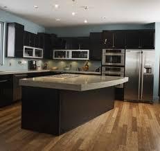 exemple de cuisine avec ilot central modele cuisine avec ilot galerie et exemple de cuisine avec ilot