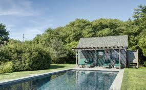 Julianne Moore Apartment - own julianne moore u0027s pond front montauk compound for 3 5m 6sqft