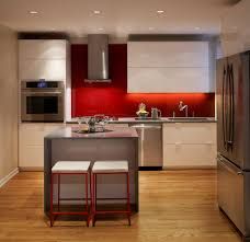 decoraciOn paredes rojas en 2017 no te lo pierdas hoylowcost red splashback design ideas pictures remodel and decor kitchen modern