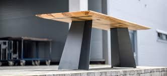 design holztisch elegantes design massivholz esstisch massivholz design