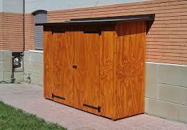 armadi in legno per esterni ricovero attrezzi addossato ad uso armadio per estrerni bazzano bo