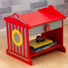 chambre garcon pompier table de chevet bouche d incendie pour enfant