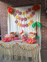 Luau Party Table Decorations Best 25 Hawaiian Party Decorations Ideas On Pinterest Luau