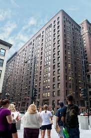 Tour An Organic Modern Chicago by Monadnock Building Buildings Of Chicago Chicago Architecture