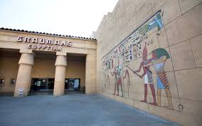 egyptian theatre in hollywood opens its doors for monthly tours tweet